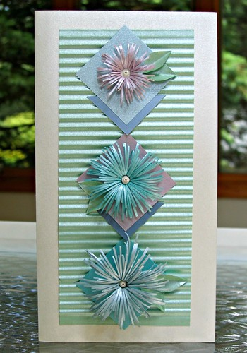 Asymmetric Fringed Flower Card