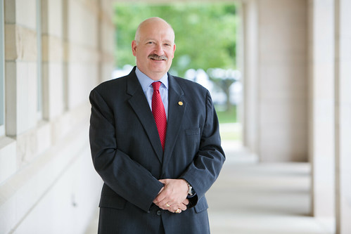 Alan Krabbenhoft is new dean of the School of Business