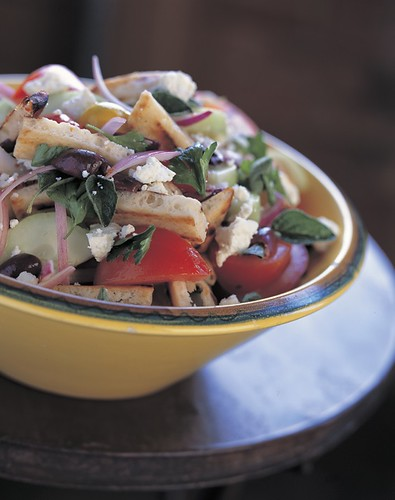 Greek Grilled Pita Salad
