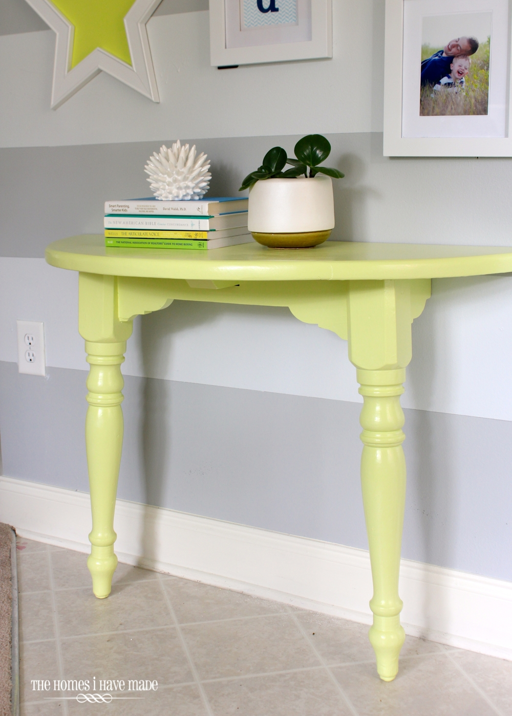 Lemon Lime Console Table-005