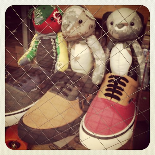#teddybear  Bears in the window