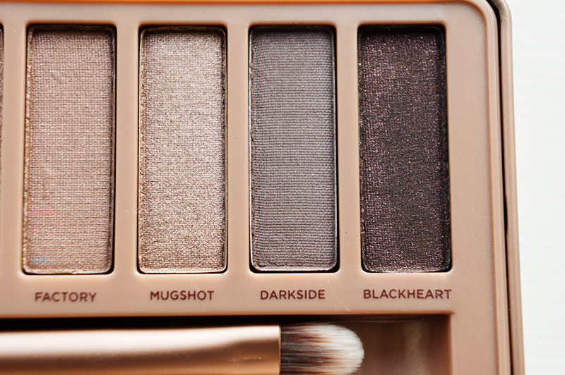 Urban Decay Naked 3 Palette: Factory, Mugshot, Darkside & Blackheart | www.latenightnonsense.com