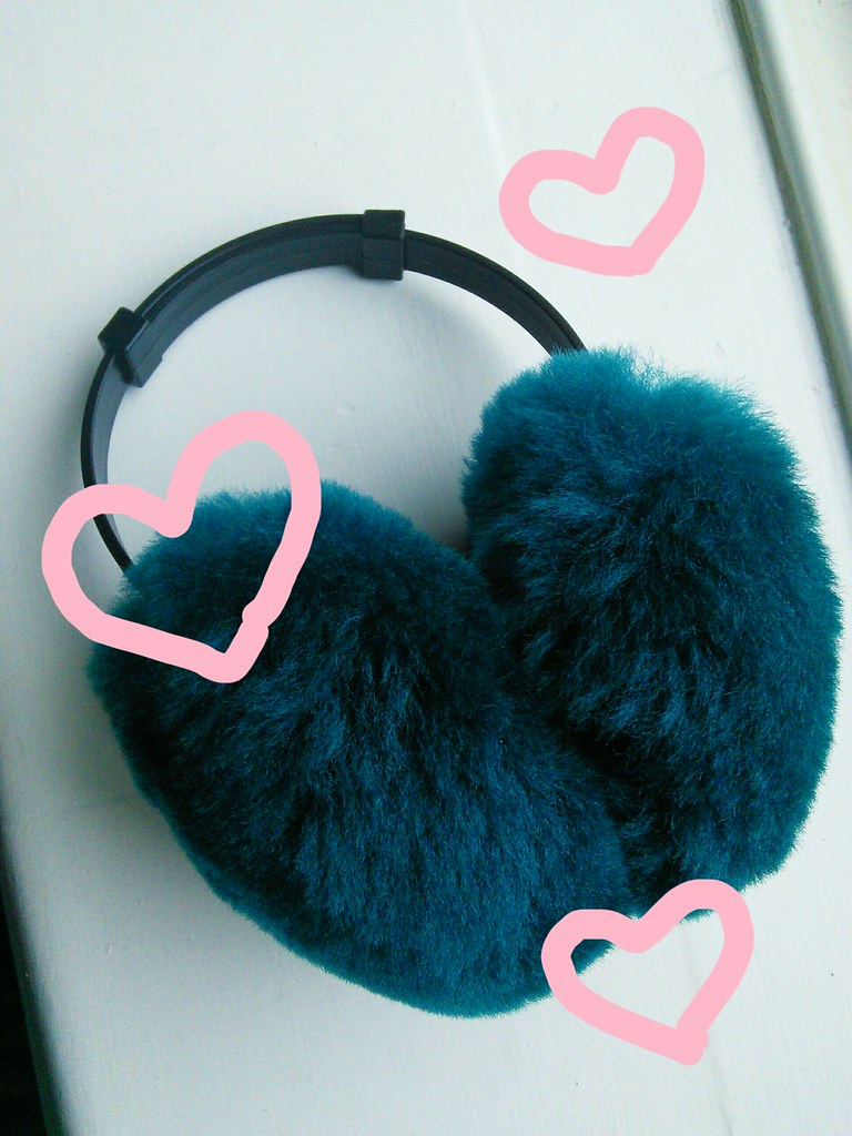 Earmuffs, £17 American Apparel