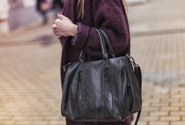 street style barbara crespo burgundy coat the corner shop zara boots fashion blogger outfit