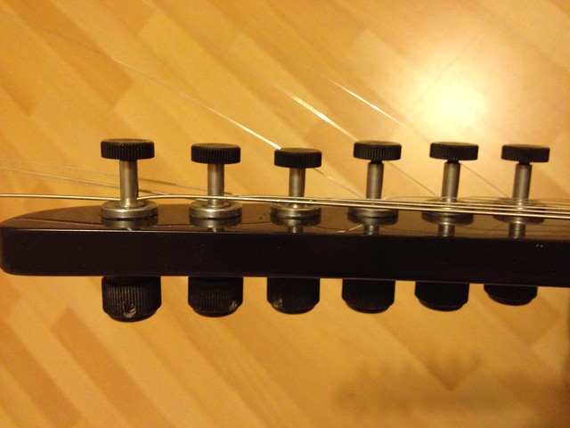 Photo:Tuning heads on my Steinberger S-series electric guitar By tawalker