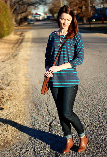 striped-sweatshirt-and-jeans-2
