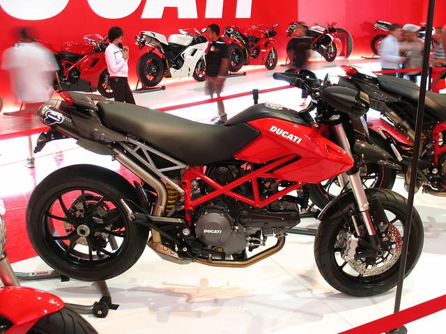 Ducati Hypermotard Logo
