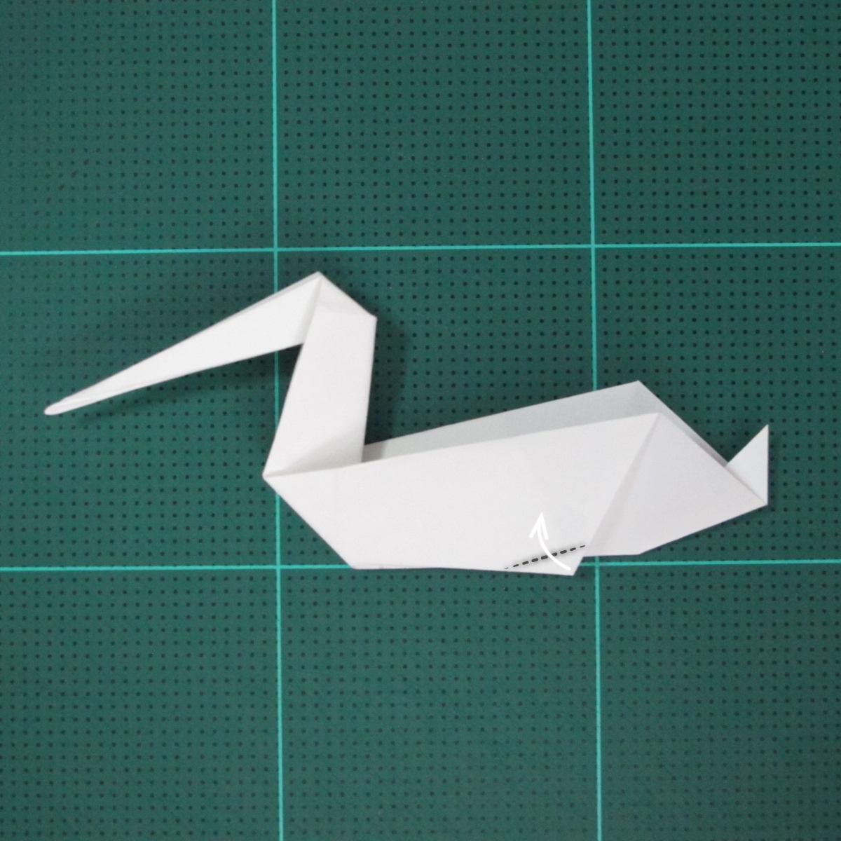 การพับกระดาษเป็นนกกระสา (Origami Pelican) 011