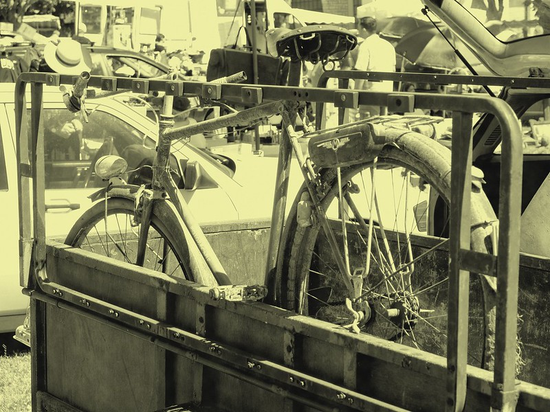 A bicyclette 14029240517_2eacba0c0c_c