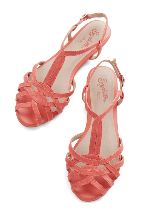Modcloth Can't Trust Myself Sandal in Melon