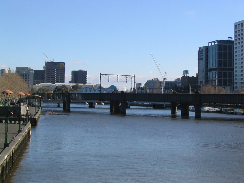 Looking west along the Yarra, July 2004