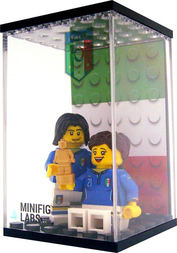 Italy LEGO Minifigs
