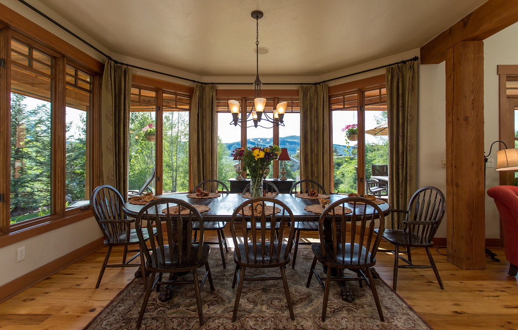 dining room with view,
