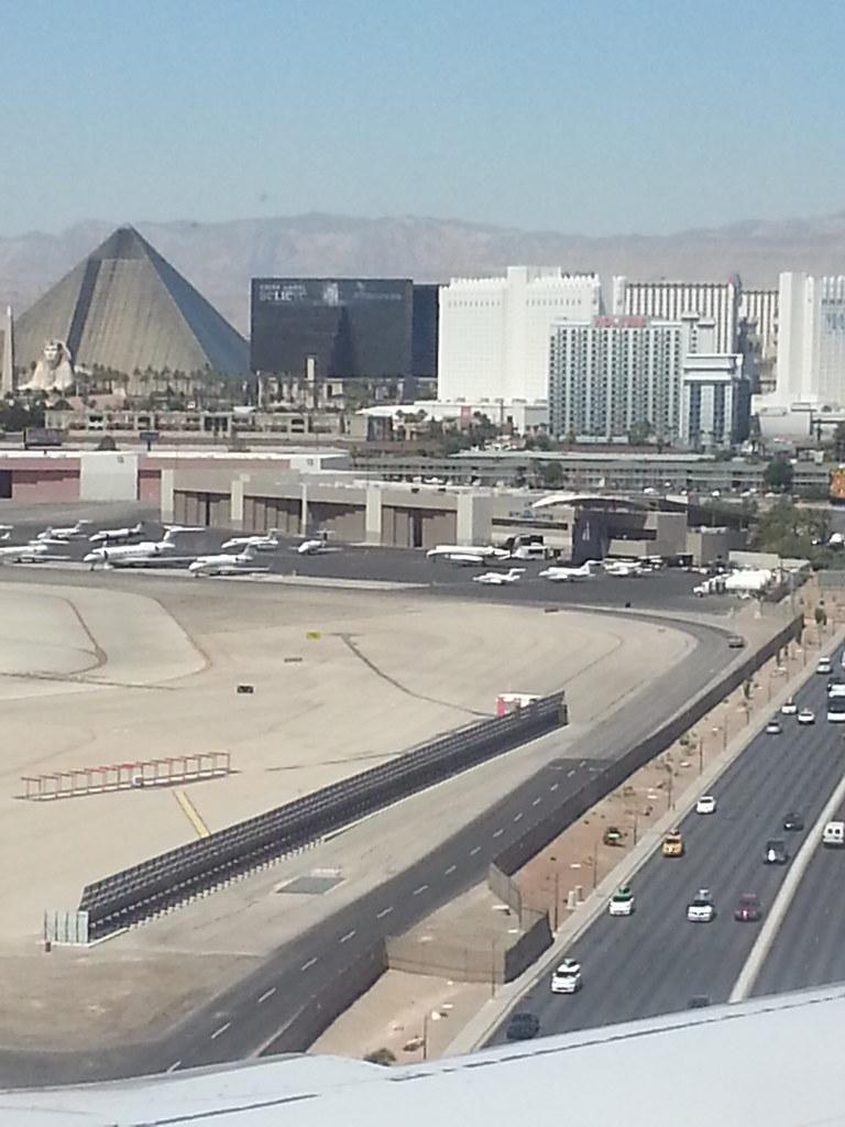 Vegas Phone Pics (23)