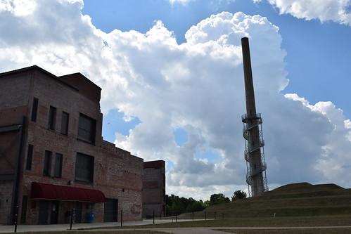 arielfoundationpark mountvernon mtvernon knoxcounty ohio industrial smokestack