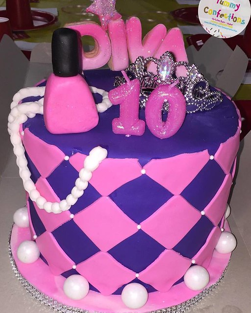 Cake by Yummy Confections