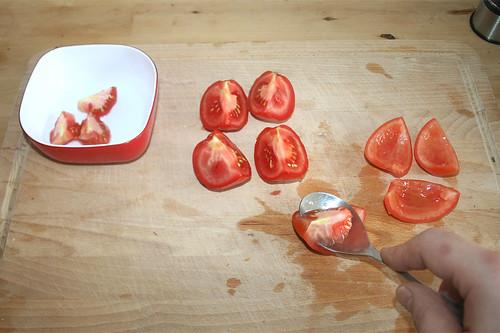 40 - Tomaten entkernen / Core tomatoes