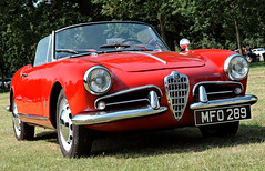 automobile, automotive exterior, alfa romeo, vehicle, automotive design, alfa romeo giulietta, antique car, classic car, land vehicle, convertible, sports car,