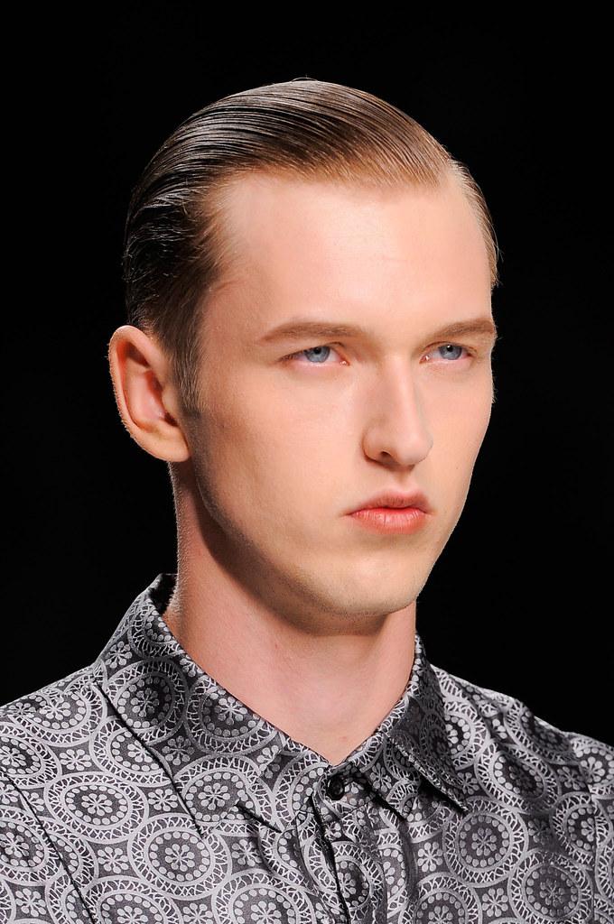 SS14 Milan Ji Wenbo108_Dimitrij Vysokolyan(fashionising.com)