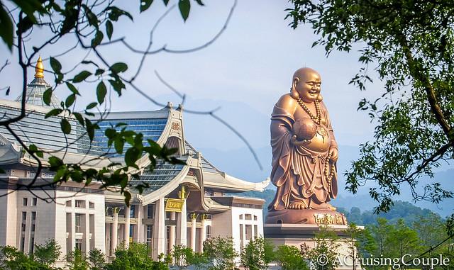 Emei Township Buddha Statue