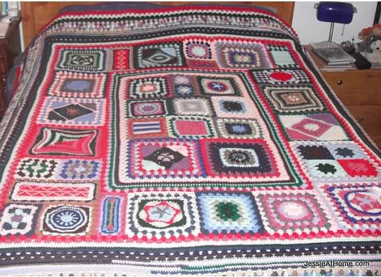 Free Crochet Pattern For Granny Square Sampler : Granny Sampler Afghan CAL Jessie At Home