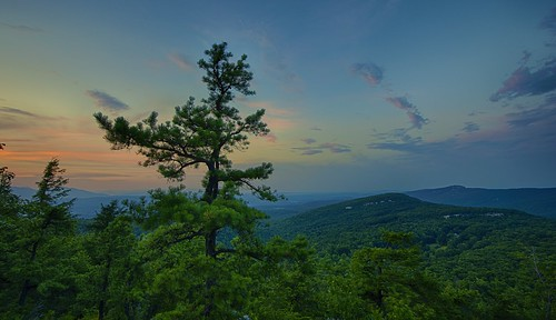 sunset pinetree clouds day beaconhill mohonkpreserve shawangunkridge minnewaskastateparkpreserve pwpartlycloudy