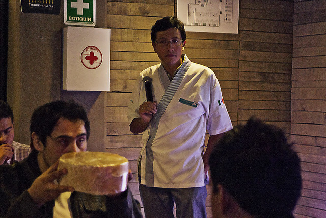 Carlos giving cheese demonstration; Distrito Federal, Mexico (2013)