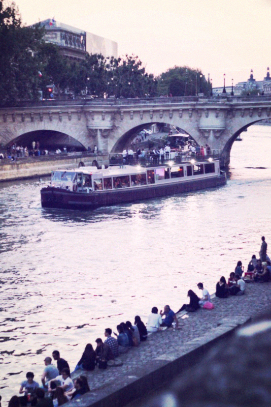 seine with boat