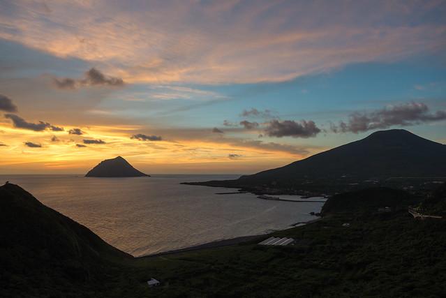 八丈島 大坂展望台からみた夕焼け