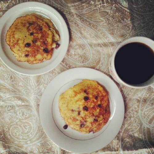 Banana-Egg-Chocolate Chips pancakes: Made by Me
