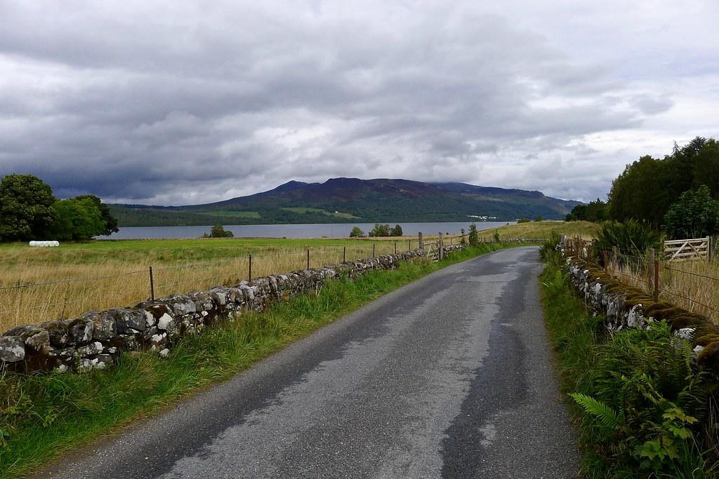 The road besides Loch Rannoch