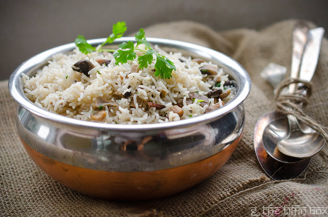 Mushroom Pulao with Roasted Garlic