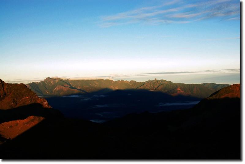 雪霸聖稜線(南湖東峰西望)