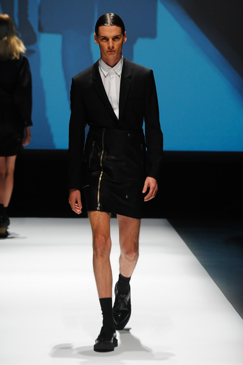 SS14 Tokyo DRESSEDUNDRESSED006_Angus Low(Fashion Press)
