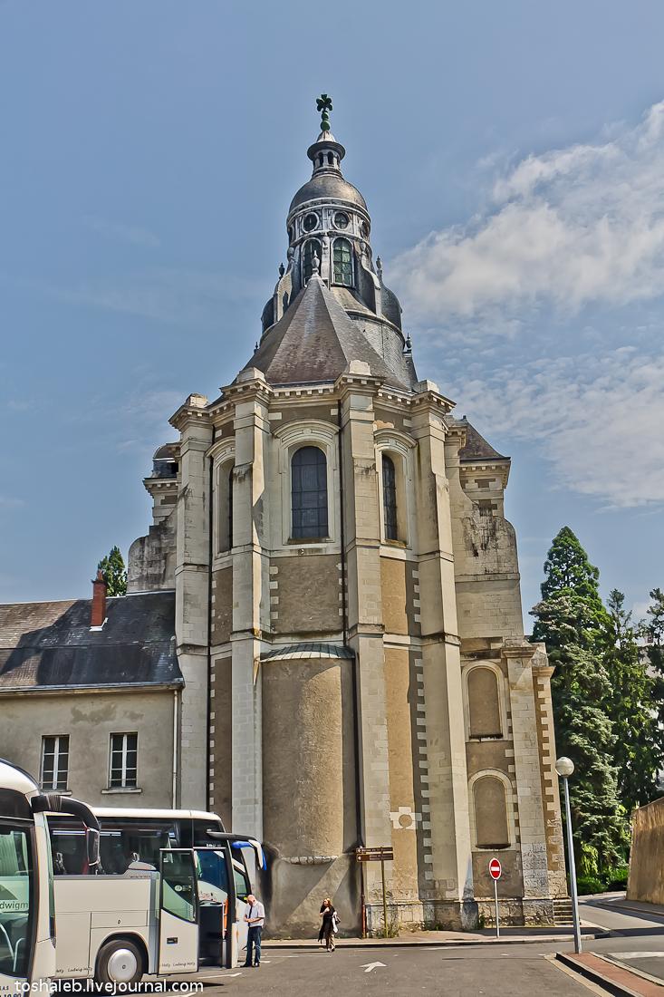 Blois-26