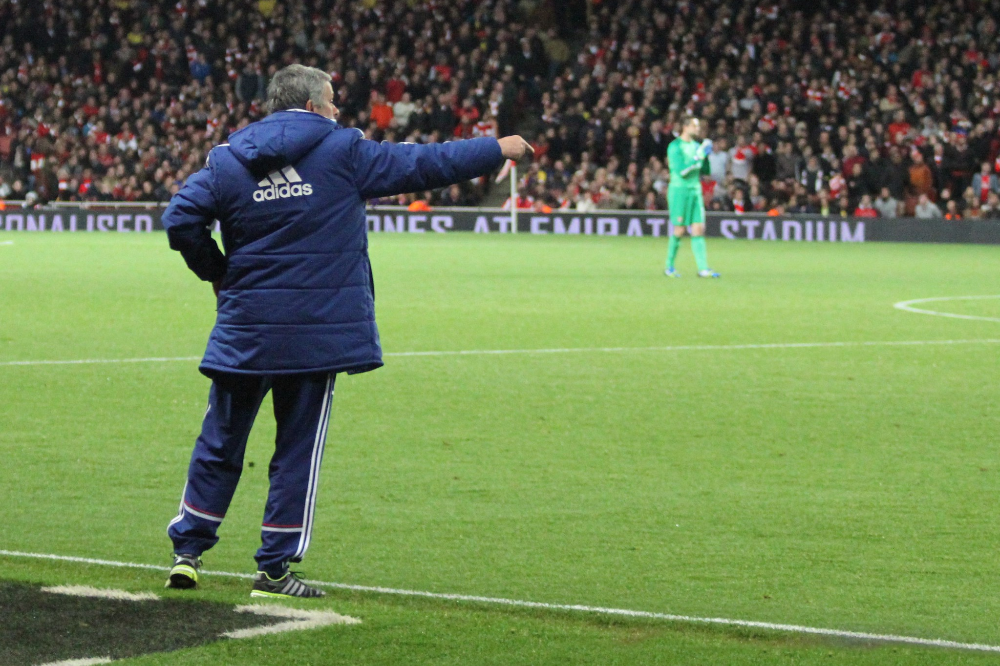 Mourinho directs his troops