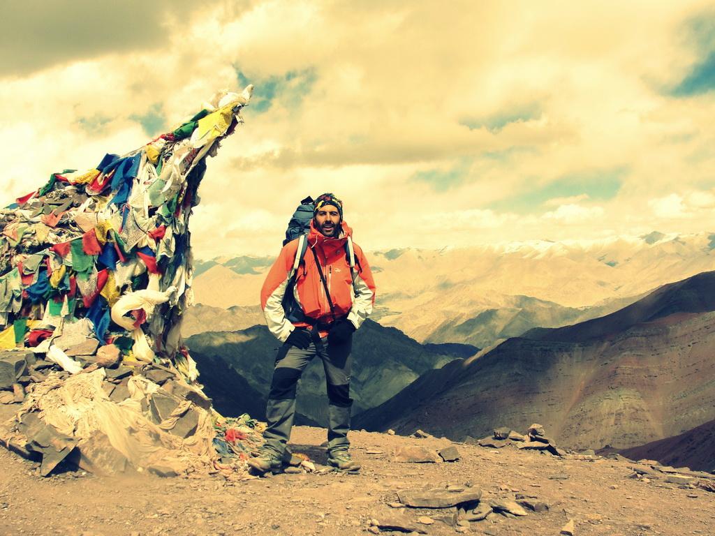 Ο 'Ταξιδευτής του Κόσμου', Δημήτρης Δεσποινιάδης έγινε ο πρώτος έλληνας που τερμάτισε τον Tor des Geants. Εδώ σε ένα από τα πολλά ταξίδια του στο Ladakh της Ινδίας (c) Δημήτρης Δεσποινιάδης.