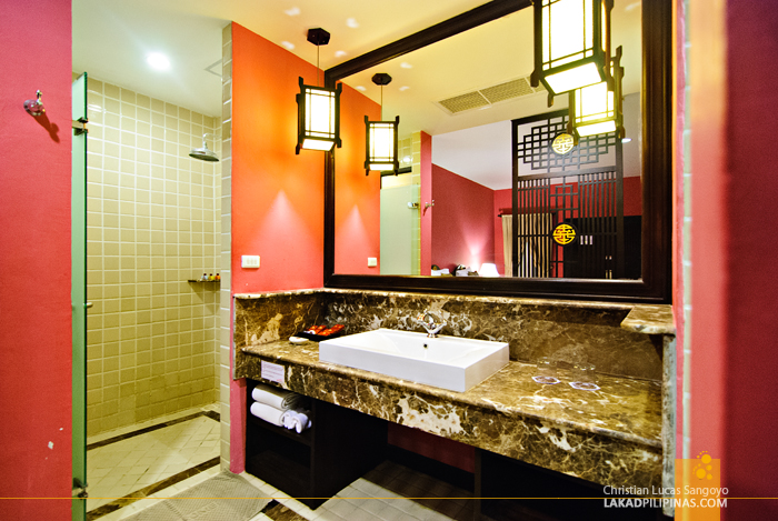Separate Toilet and Bath at Phuket's Duangjitt Resort