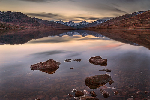 Loch Arklet Rocks by ajnabeee