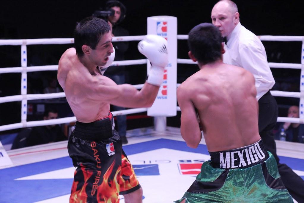 23/11/2013 Azerbaijan Baku Fires 5-0 Mexico Guerreros