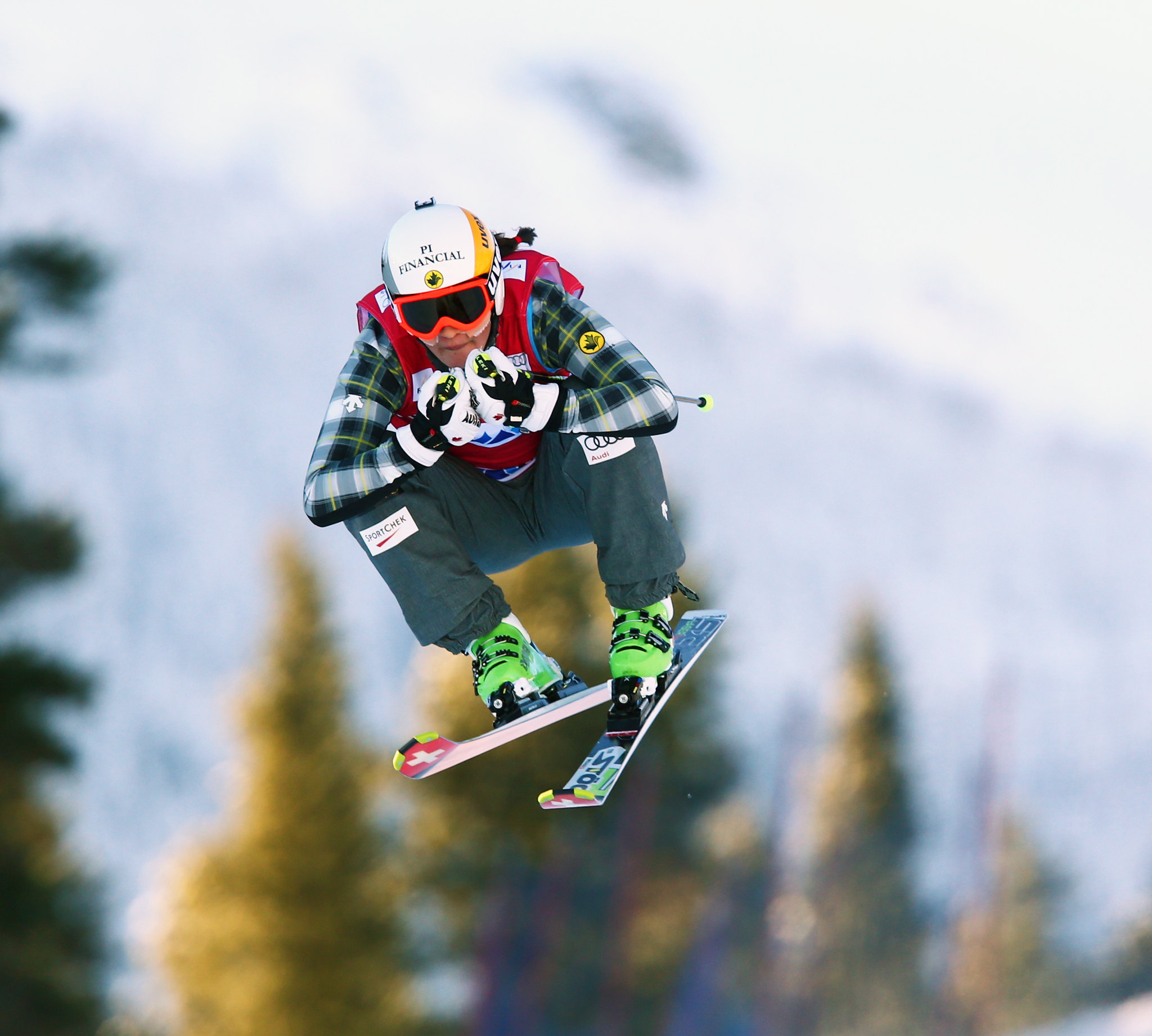 Marielle Thompson soars to the top of the podium in Nakiska, CAN at the FIS Ski Cross World Cup