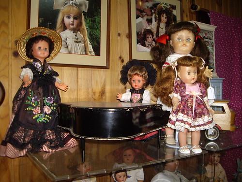 Les poupées de ma maison  11367949686_6b31040117