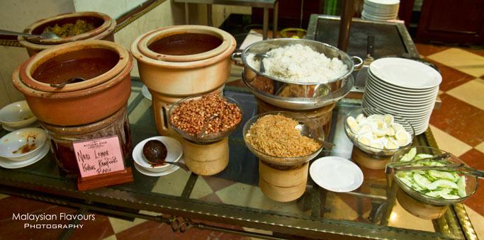 nasi-lemak-palm-terrace-coffee-house