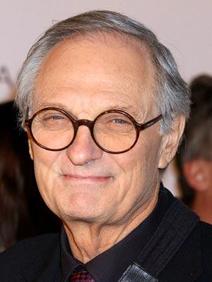 _blog_wp-content_uploads_2008_12_tn2_alan_alda_1