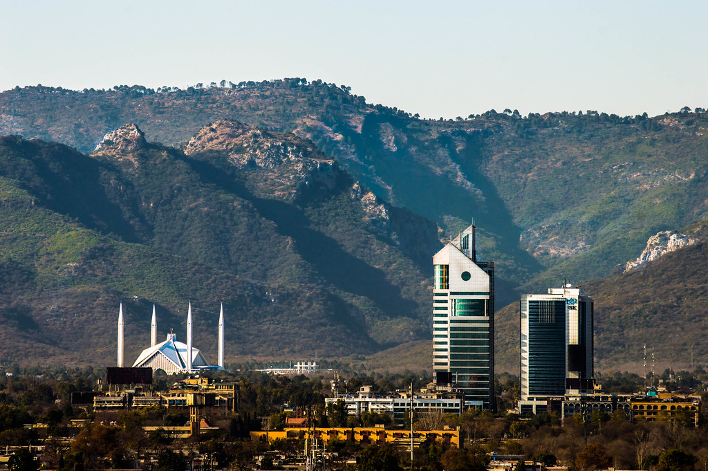 islamabad beautiful capital Assalam-o-laikum readers this is how you say hello in pakistan i am alina malik from islamabad and i will tell you about this stunning city islamabad.
