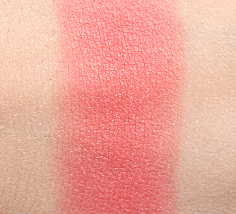 Clinique Peach pop cheek pop swatch