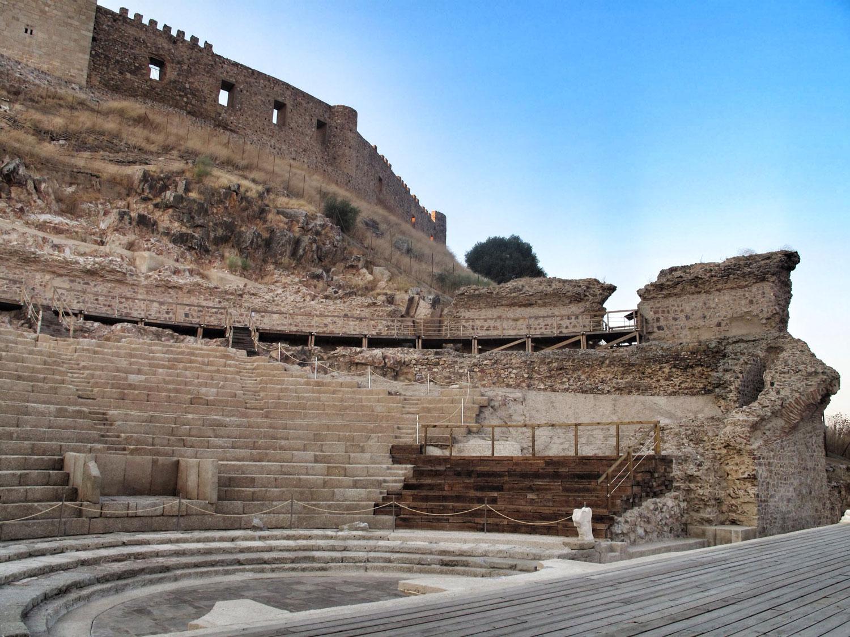 0 teatro romano medeelin gradas_granitos_estado conservacion