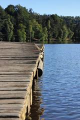 Ponton Pinocchio. (Lac du Moulinet, Le Buisson France). - Photo of Aumont-Aubrac