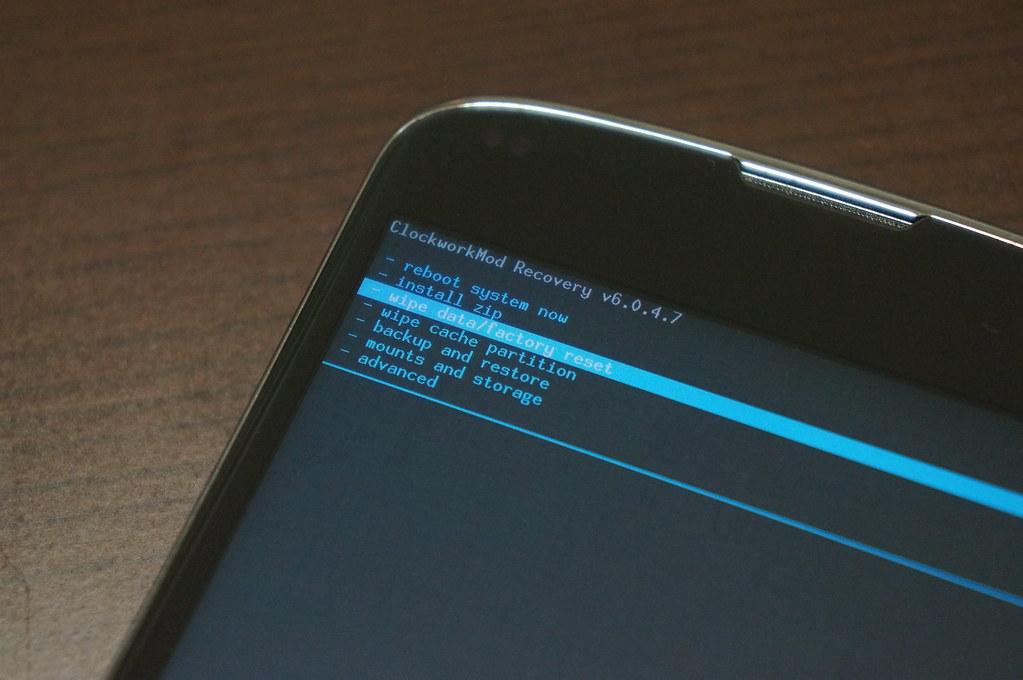 Nexus 4にAndroid L Developer Previewをインストールー工場出荷状態に初期化する