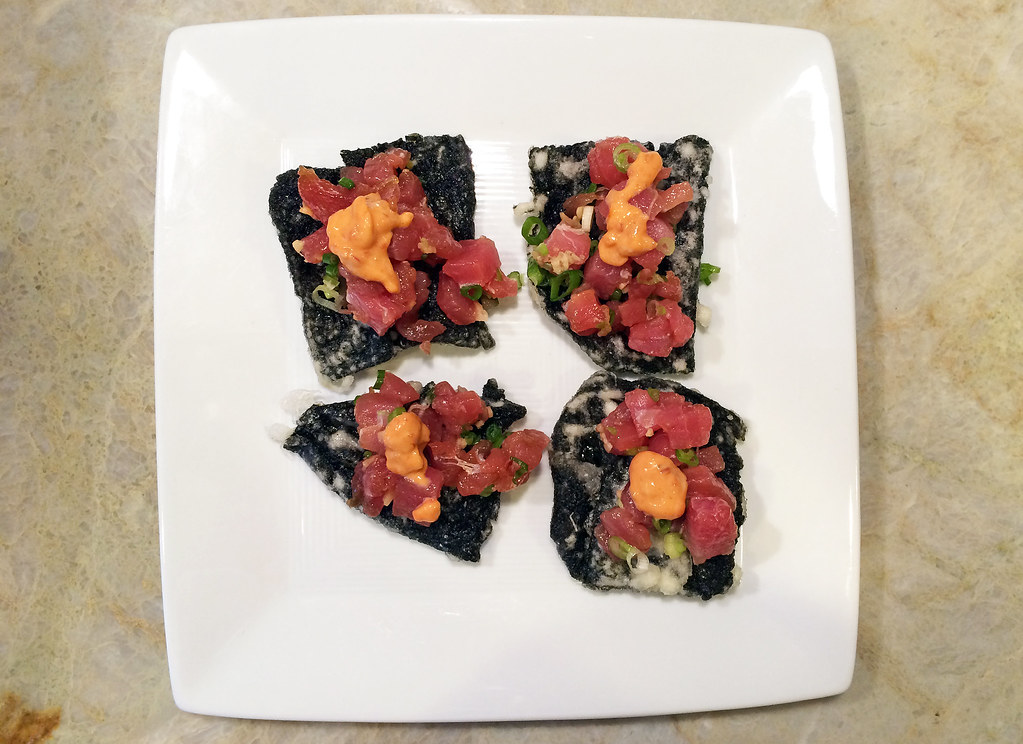Tuna poke on nori crackers